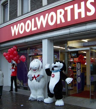 Wooly and Worth make a personal appearance at the new look store in Kingswood, Bristol on 5 Nov 2005