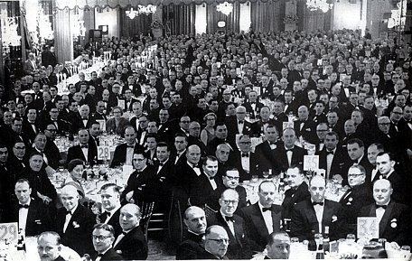 The entire management team of Woolworths packed the Dorchester Hotel to overflowing to celebrate the Company's 50th birthday in the UK in 1959.
