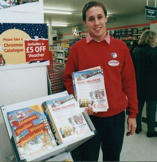 The first Woolworths Direct offer at Christmas 1998 consisted of a leaflet, inviting customers in selected stores to place orders for items from the traditional store Christmas Catalogue